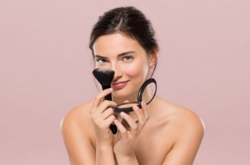 4 ways your make up can help skincare